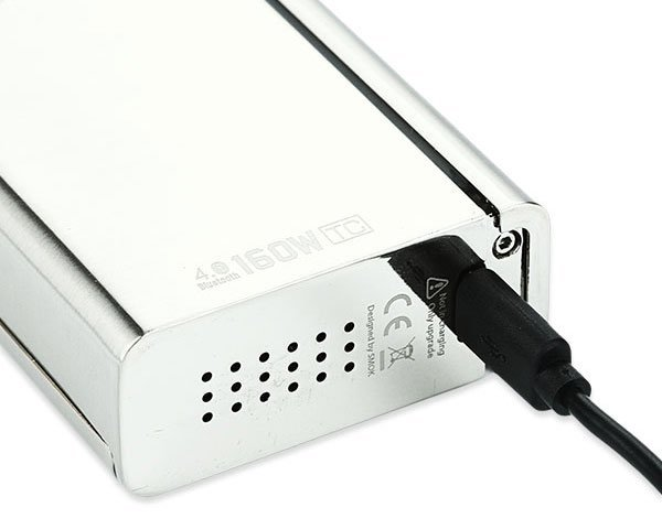 chargeur accu smoktech